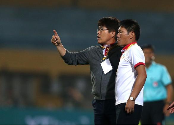 CLB Viettel chia tay HLV Lee Heung Sil - Ảnh 1.