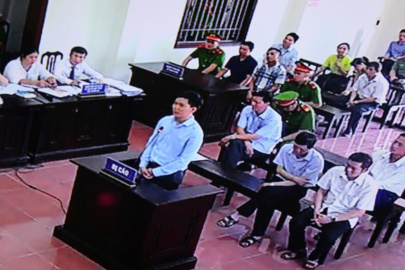 Bác sĩ Hoàng Công Lương xin được hưởng án treo - Ảnh 1.