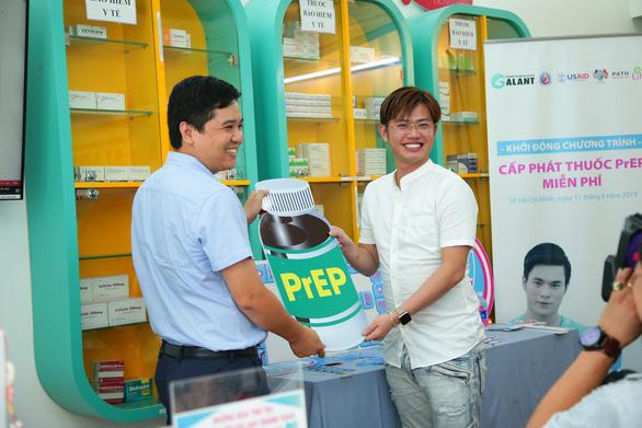Một phòng khám tư nhân tại TP.HCM thành điểm điều trị dự phòng phơi nhiễm HIV - Ảnh 1.