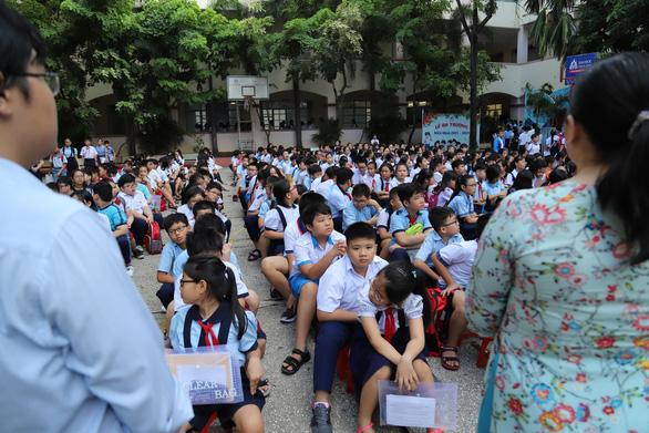 4.200 học sinh TP.HCM đua vào lớp 6 chuyên Trần Đại Nghĩa - Ảnh 3.