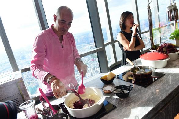 Đầu bếp lừng danh David Rocco: Tôi thích nhiều món ăn đường phố VN - Ảnh 1.