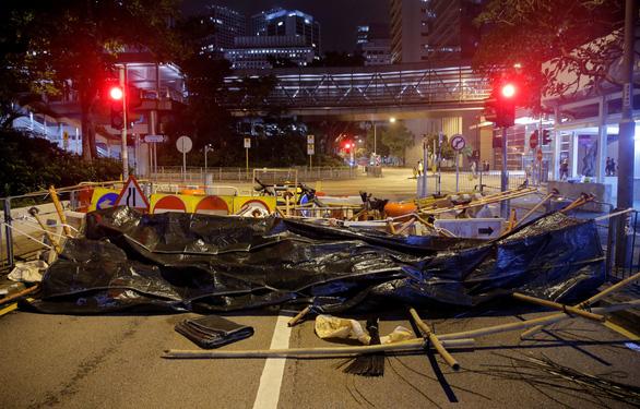 Hong Kong dần trở về nhịp sống bình thường sau những ngày hỗn loạn - Ảnh 5.