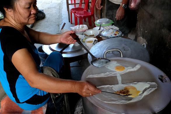 Bánh cuốn canh Cao Bằng: Ngon từ thịt, ngọt từ... súp - Ảnh 3.