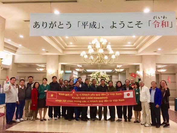 Công ty du lịch: Đại gia Trịnh Sướng ký tên mua tour cho đoàn cán bộ Sóc Trăng - Ảnh 1.