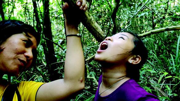 Hè cho con vô rừng giải ngố, học kỹ năng sinh tồn - Ảnh 3.