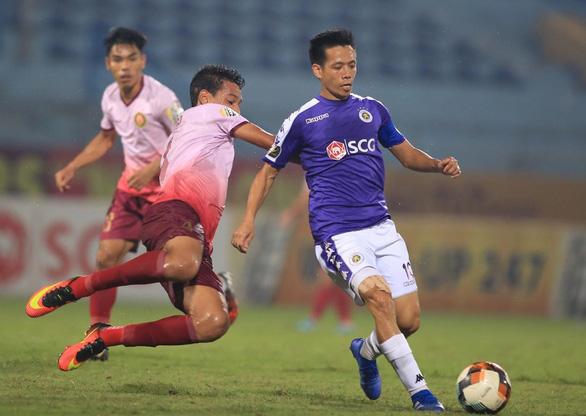 Sân Hàng Đẫy: Chiến thắng nhọc nhằn cho Hà Nội - Ảnh 2.