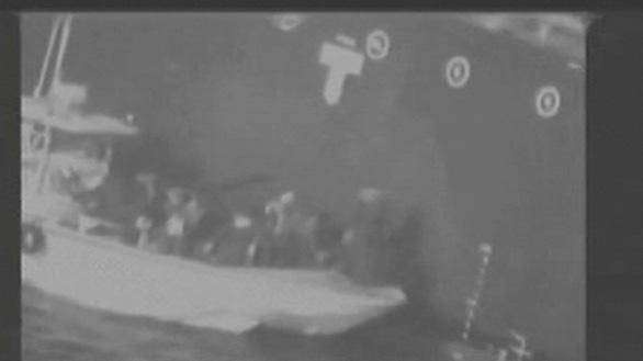 Iran phản pháo vụ tấn công tàu dầu, Mỹ điều tàu chiến đến vùng Vịnh - Ảnh 1.