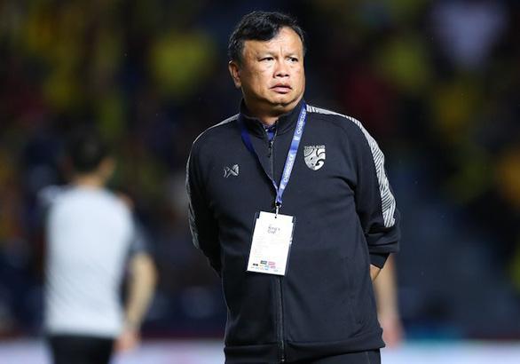 HLV Yodyardthai chia tay Thái Lan sau thất bại ở King's Cup - Ảnh 2.