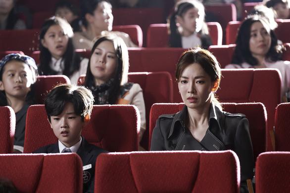 Kim So Yeon xinh đẹp và nguy hiểm trong Bí mật sau lưng mẹ - Ảnh 3.