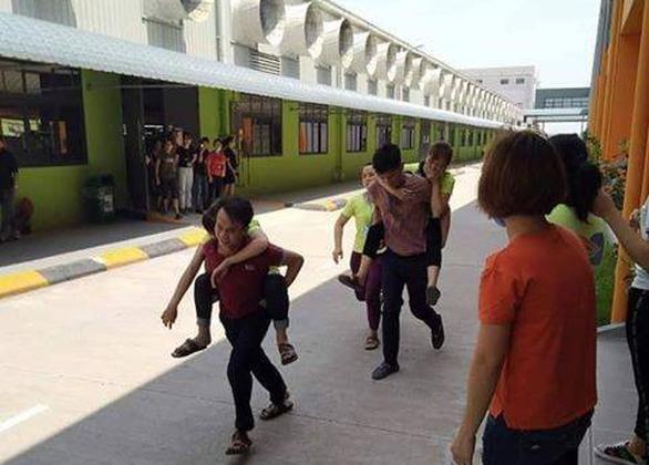 Hàng chục công nhân Công ty may YIDA Việt Nam nhập viện sau bữa ăn trưa - Ảnh 2.