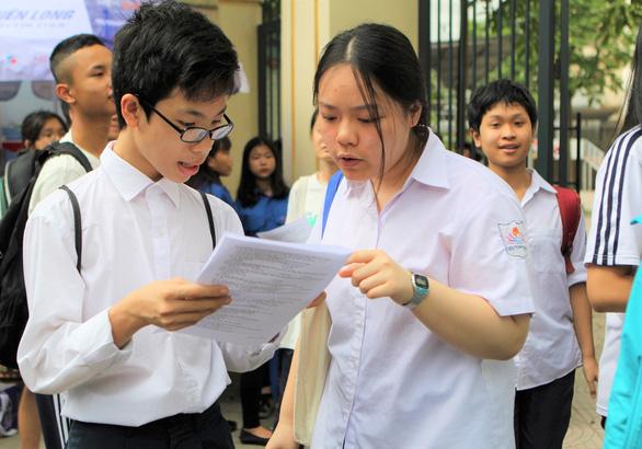 Hà Nội công bố điểm thi lớp 10 - Ảnh 1.