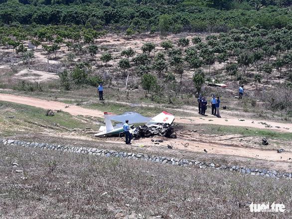 Máy bay quân sự rơi ở Khánh Hòa, 2 phi công tử nạn - Ảnh 4.