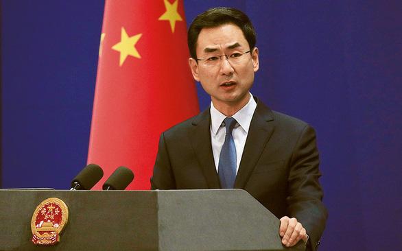Trung Quốc triệu tập phó đại sứ Mỹ vụ biểu tình Hong Kong - Ảnh 2.