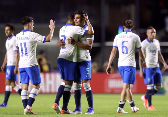 VAR cứu Samba trong trận mở màn Copa America 2019 - Ảnh 2.