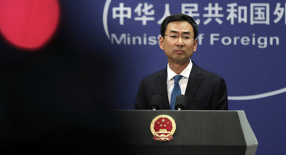 Bắc Kinh nói đã hiểu quyết định của lãnh đạo Hong Kong - Ảnh 1.