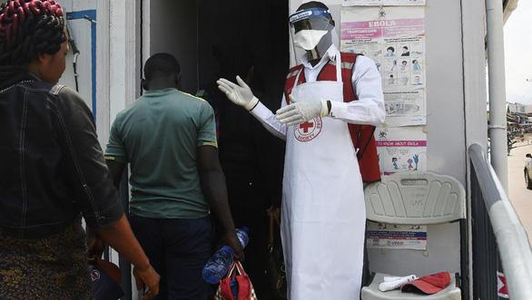 WHO chưa xem dịch Ebola là tình trạng nguy cấp toàn cầu - Ảnh 2.