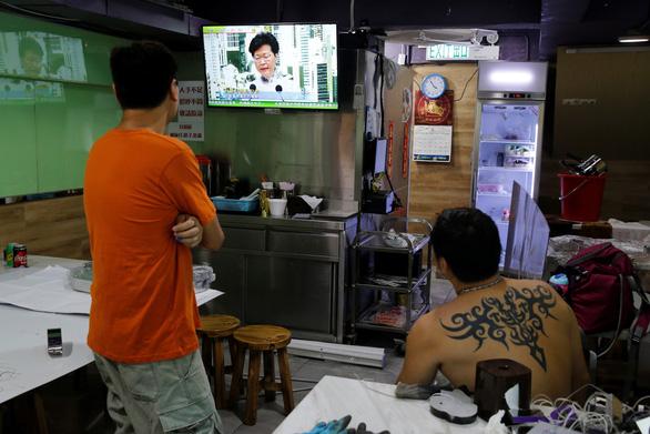 Lãnh đạo Hong Kong dừng thông qua dự luật dẫn độ - Ảnh 3.