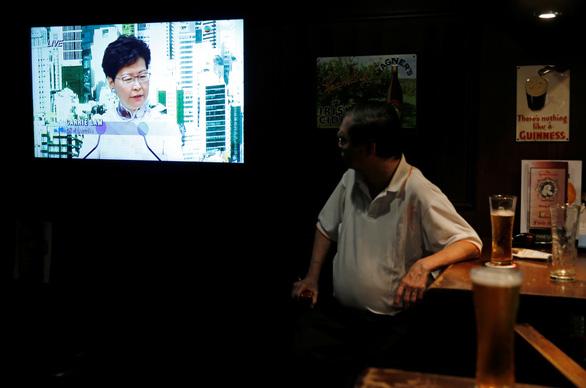 Con đường trắc trở của lãnh đạo Hong Kong Lâm Trịnh Nguyệt Nga - Ảnh 2.