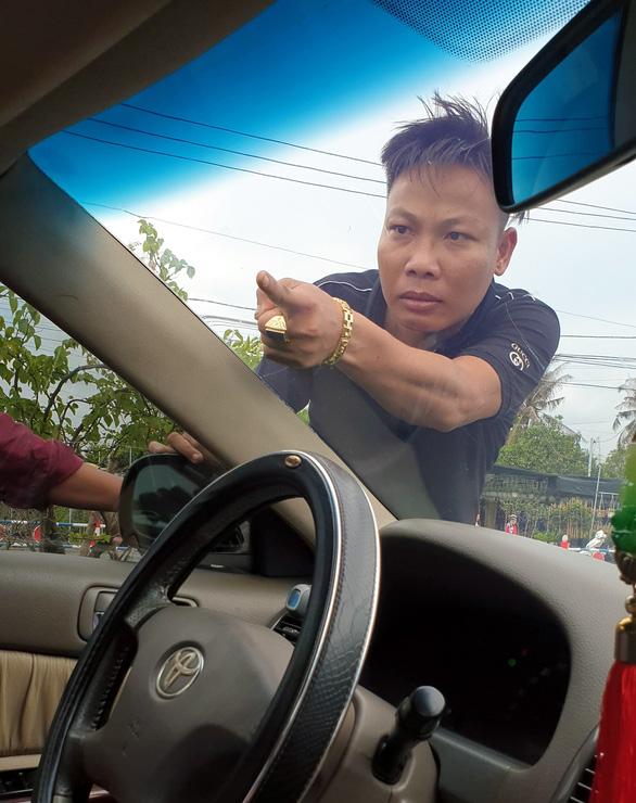 Bắt thêm nghi can vây chặn xe chở công an ở Đồng Nai - Ảnh 1.