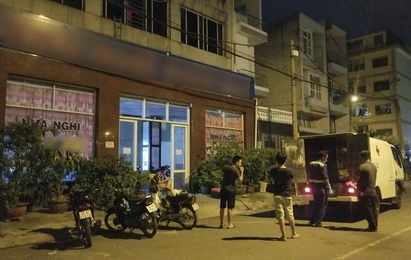 Nam thanh niên chết bất thường trong khách sạn TP.HCM - Ảnh 1.