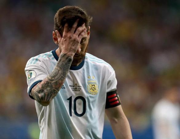 Messi mờ nhạt, Argentina thua Colombia ở trận ra quân Copa America - Ảnh 1.