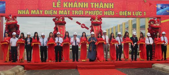 Ninh Thuận khánh thành nhà máy điện mặt trời thứ 6 - Ảnh 2.