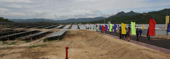 Ninh Thuận khánh thành nhà máy điện mặt trời thứ 6 - Ảnh 3.
