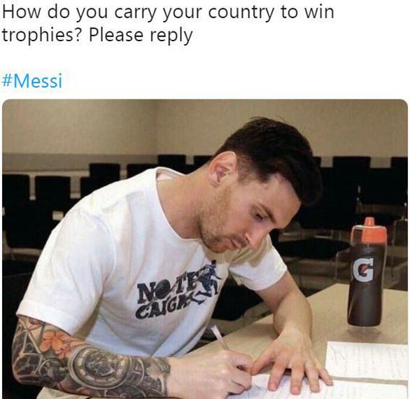 Dân mạng chế hình ảnh Messi viết thư cầu cứu Ronaldo - Ảnh 4.