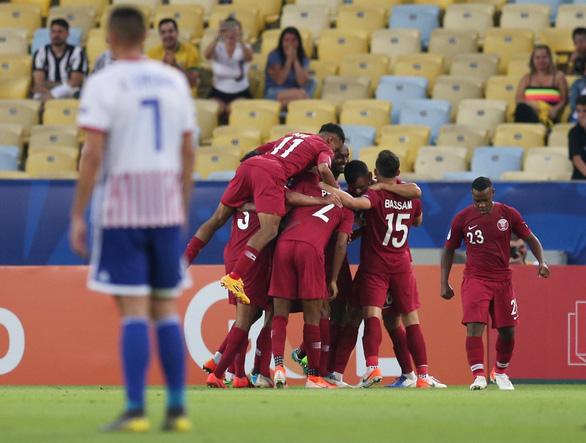 Qatar cầm hòa Paraguay sau khi bị dẫn trước 2 bàn - Ảnh 3.