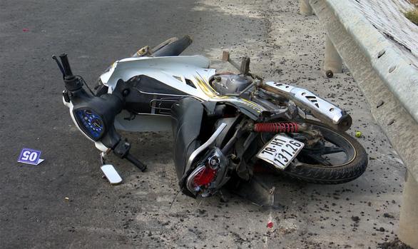 5 ôtô, 1 xe máy tông liên hoàn trên đèo Quán Cau, 1 người chết - Ảnh 3.
