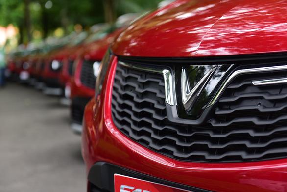 Xe hơi của tỉ phú Phạm Nhật Vượng đã đến tay khách hàng - Ảnh 2.