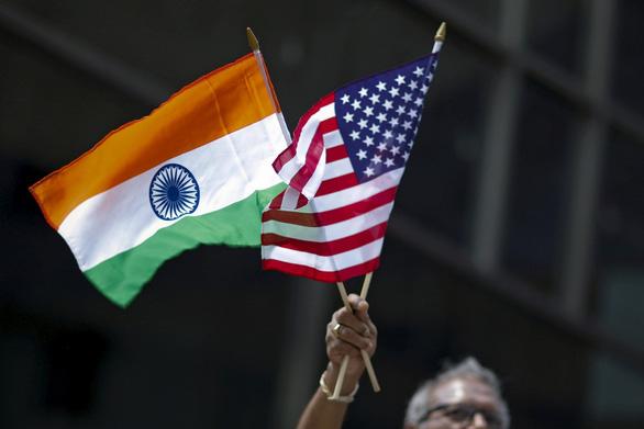 Ấn Độ trả đũa Mỹ leo thang chiến tranh thương mại - Ảnh 1.