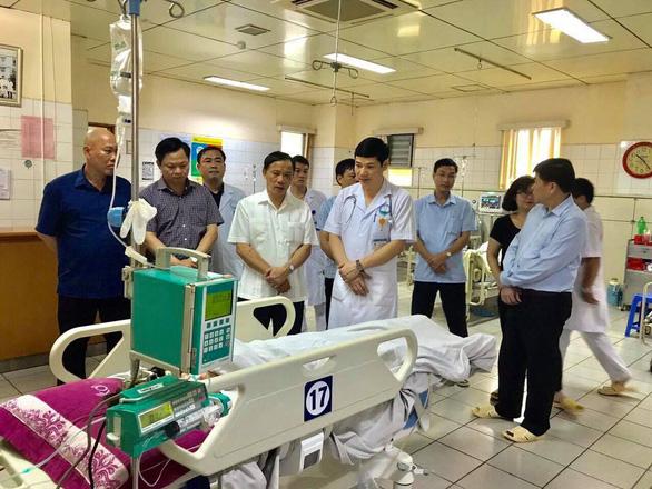 Vụ tai nạn thảm khốc tại Hòa Bình: chuyển 4 bệnh nhân về Bệnh viện Việt Đức - Ảnh 1.
