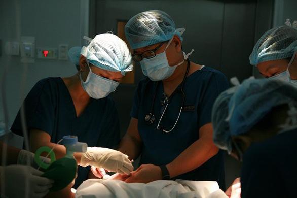 Gây tê vùng - xu hướng giảm đau sau phẫu thuật mới ở Việt Nam - Ảnh 1.