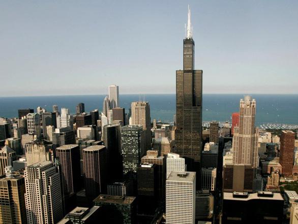 Bí ẩn đằng sau khả năng chống gió của các tòa nhà chọc trời trên thế giới - Ảnh 2.