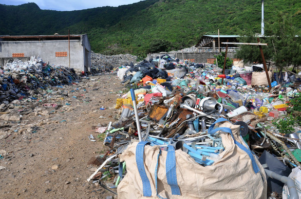 Truyền thông và giáo dục tốt giúp giảm rác thải nhựa - Ảnh 1.