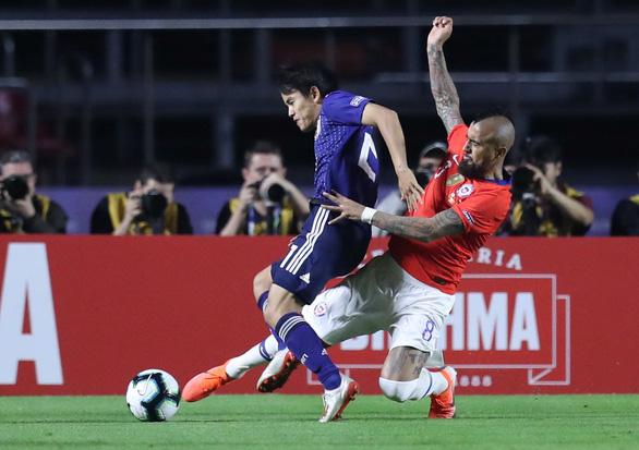 Dứt điểm kém, tuyển Nhật Bản thảm bại trong trận ra quân ở Copa America - Ảnh 3.