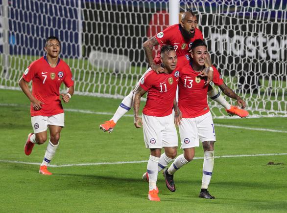 Dứt điểm kém, tuyển Nhật Bản thảm bại trong trận ra quân ở Copa America - Ảnh 1.