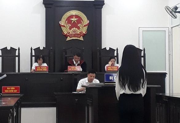 Môi giới bán dâm giá 15 triệu/người, nữ sinh viên lãnh 3 năm tù - Ảnh 1.