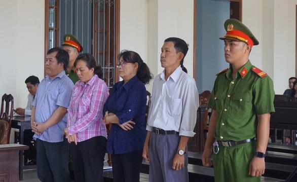 Đại gia thủy sản Tòng Thiên Mã lãnh 18 năm tù giam - Ảnh 1.