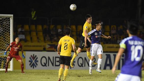 Hòa Ceres 1-1, Hà Nội nắm lợi thế trước trận lượt về - Ảnh 2.