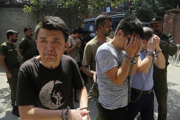 Chọn lấy chồng Trung Quốc, cô dâu Pakistan bị cưỡng hiếp tập thể - Ảnh 2.