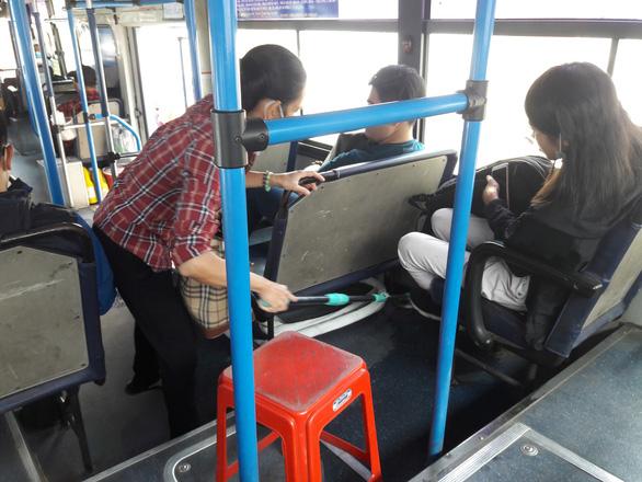 Người khách nữ và chuyến xe buýt khó quên - Ảnh 1.