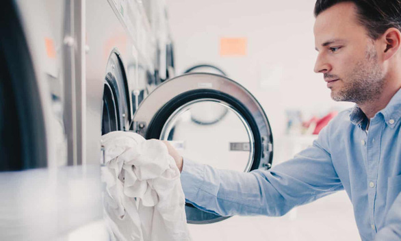 Quần áo mặc nhiều tuần liền không cần giặt - Ảnh 1.