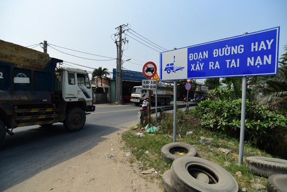 Cử tri quận 9 ngán ngẩm điểm đen tai nạn giao thông gần cảng Phú Hữu - Ảnh 1.