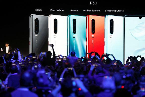 Huawei hứa đền tiền nếu không xài được Gmail, Facebook - Ảnh 1.
