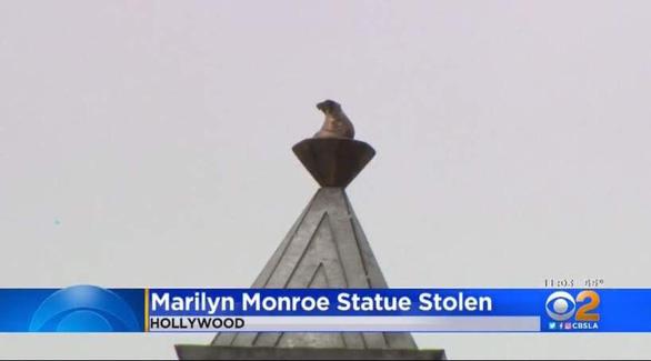 Tượng Marilyn Monroe trên Đại lộ Danh vọng Hollywood bị cưa trộm - Ảnh 3.