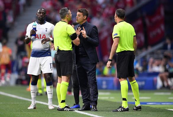 Trọng tài đã đúng khi cho Liverpool hưởng quả đá 11m - Ảnh 1.