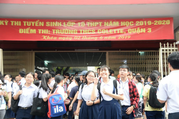 Đề thi văn lớp 10 TP.HCM: thí sinh em khen hay, em nói khó - Ảnh 7.