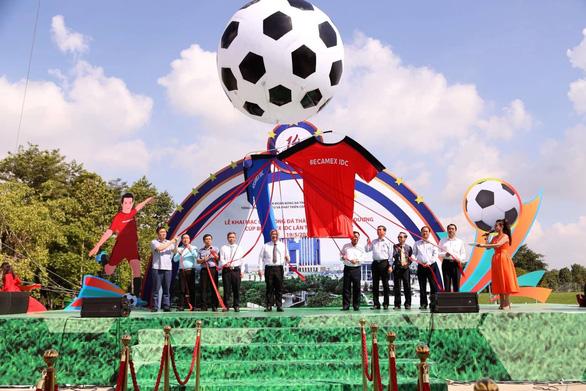168 đội tham gia giải bóng đá thành phố mới Bình Dương - Ảnh 1.